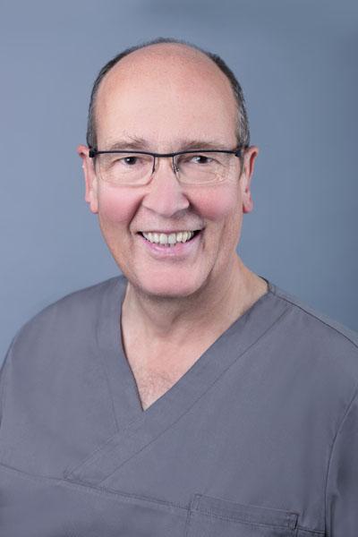 Dr. Bergann